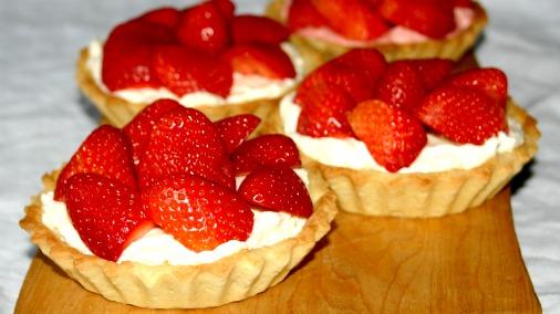 strawberry-tarts.jpg