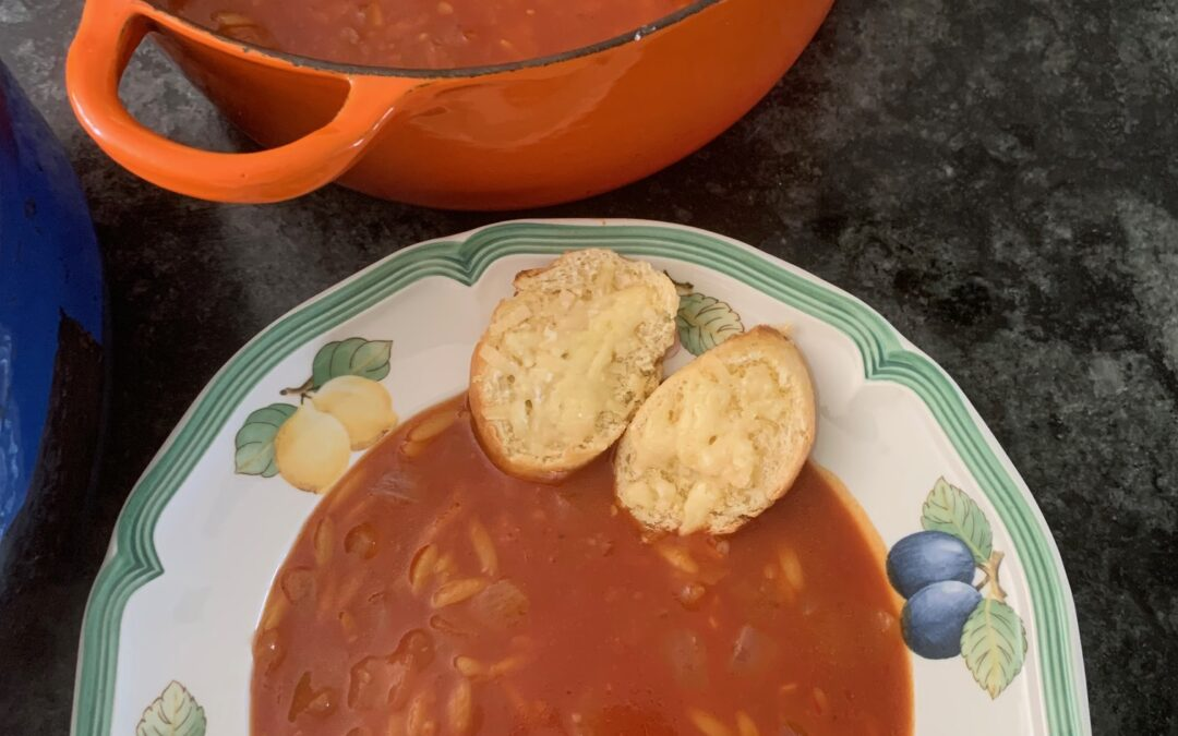 TOMATO & ORZO SOUP WITH CHEESY CROUTONS